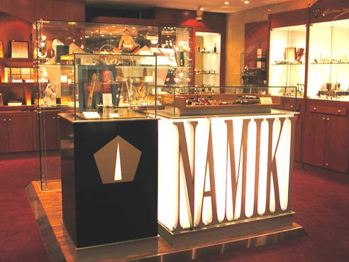 Namiki Shop in Shop was first set up in 1998 to feature the full image of Namiki pens to the world.